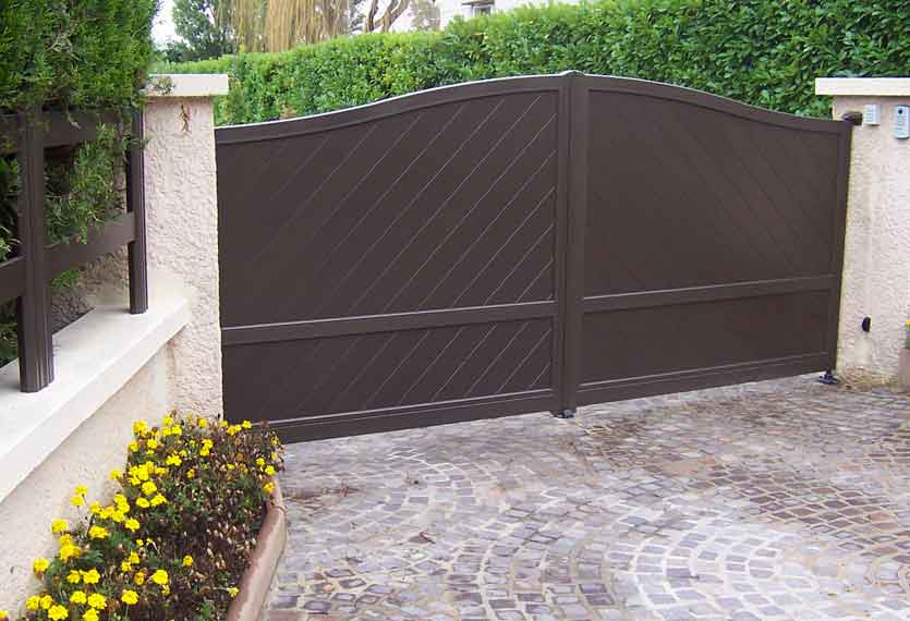 Horizal Contemporary Painted Collection - Limnos - Aluminium Swing Gate with Diagonal Boards