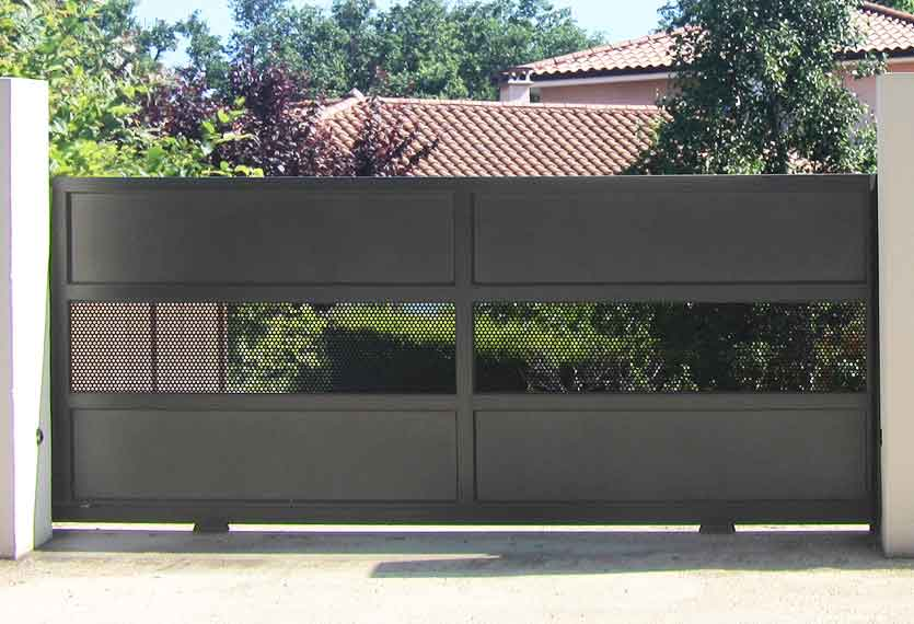 Horizal Contemporary Painted Collection - Mykonos - Perforated Aluminium Sliding Gates