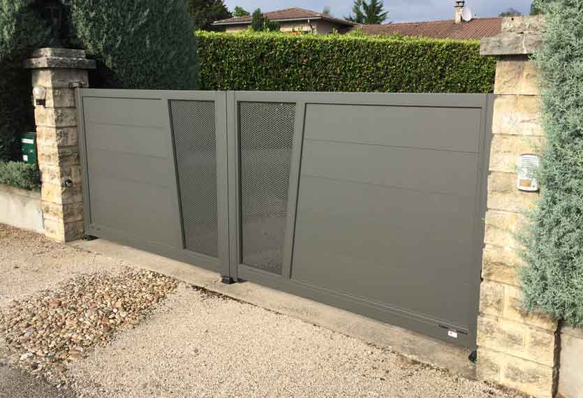 Horizal Revelation Collection - Aluminium Sliding Gates
