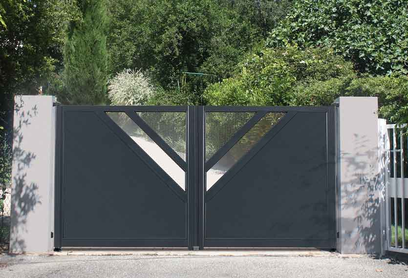 Horizal Revelation Collection - Kajam Aluminium Swinging Gates