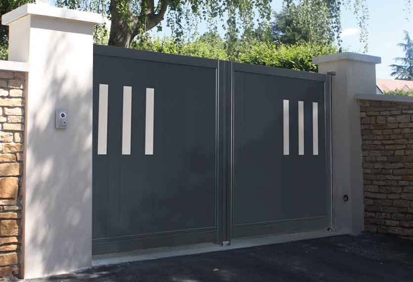 Horizal Stainless Collection - Alto Aluminium Swing Gates