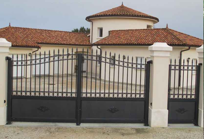 Neslia aluminium swinging gate