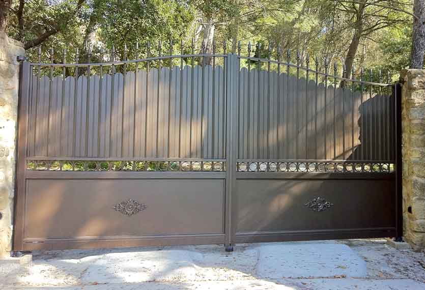 Phalaris Bronze Swing Gates